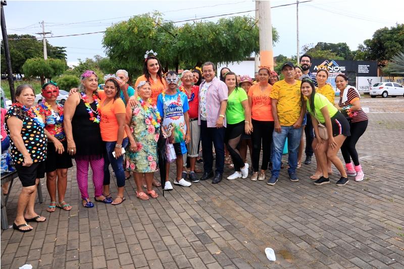 Baile de Carnaval abre atividades do SCFV Idoso em Água Branca