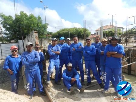 Operários são dispensados da obra do Fórum após cobrar salários atrasados