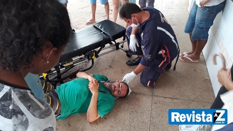 Homem ferido é socorrido pelo Samu na rodoviária de Esperantina