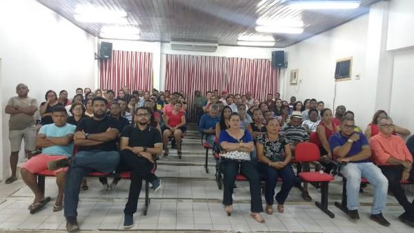 Prefeitura apresenta mensagem ao Legislativo Câmara Municipal