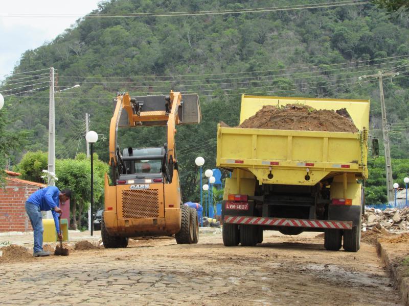 Prefeitura de Lagoinha  do Piauí da inicio a operação de Limpeza na cidade