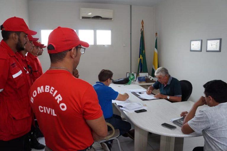 Secretário Ducival se reuniu com pref.Luiz Menezes para tratar sobre evento