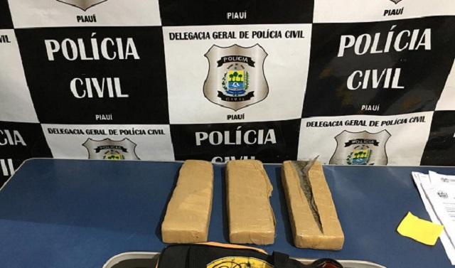 Mototaxista é preso no bairro São José carregando tabletes de entorpecentes