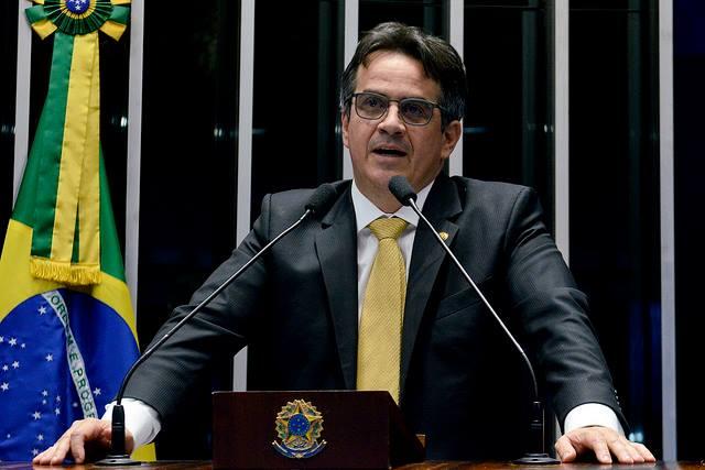 Ciro Nogueira é o senador que mais gasta verba com jatinhos