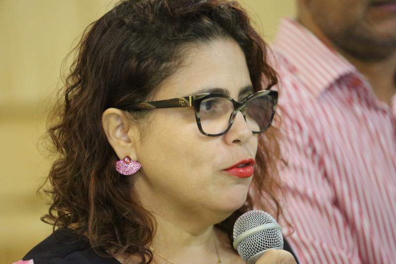 Prefeitura de Altos empossa novos professores da Rede Municipal de Ensino