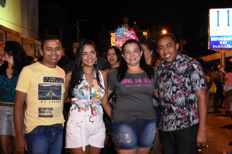 Chicabana reúne multidão na 2ª noite de carnaval em Floriano