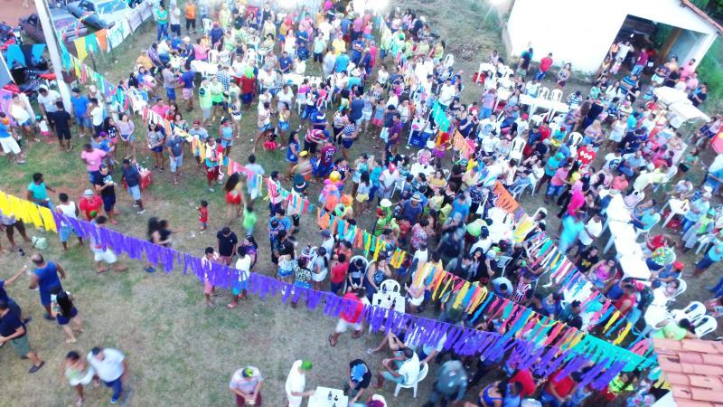 Foliões lotam o tradicional Carnaval do Brejão em Barro Duro