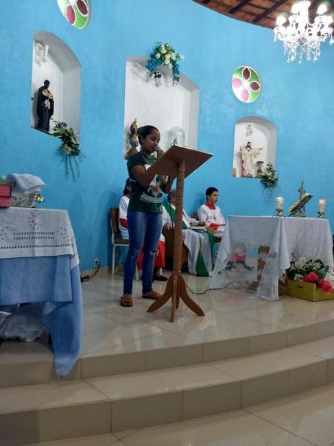 Jovens passam o Carnaval em retiro em Beneditinos