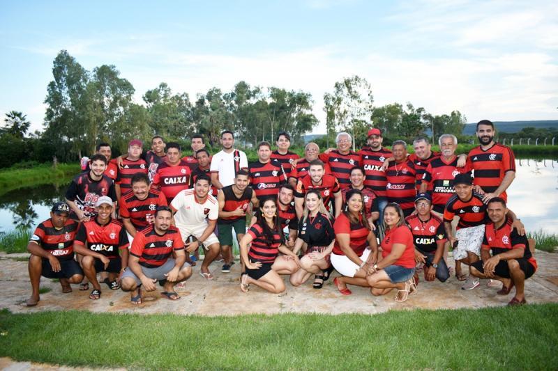 Empresário  Maurício Meneses reúne  torcedores do Flamengo no carnaval
