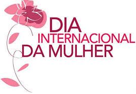 Desde o final do século XIX, as mulheres mobilizaram-se no Brasil e no mundo na luta pelos direitos civis, políticos e sociais