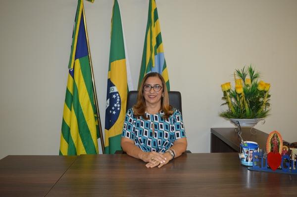 Prefeita Neidinha Lima faz homenagem às Mulheres de Guadalupe