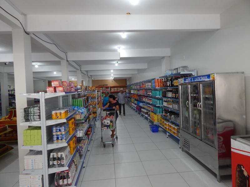 BENEDITINOS: Mais um empreendimento comercial é inaugurado em Beneditinos