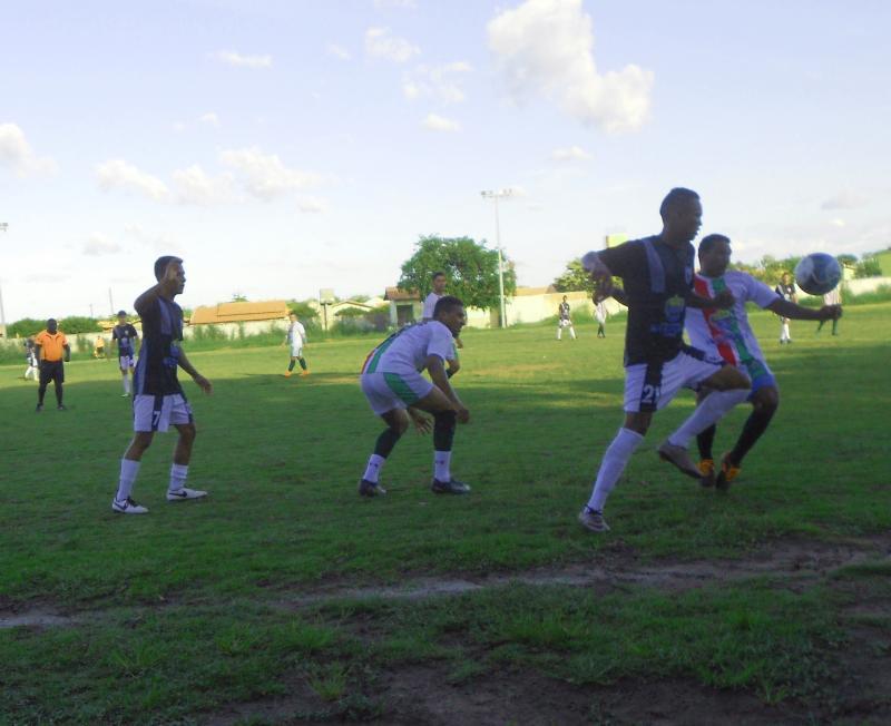 Lagoa do Coco vence e se classifica no campeonato São-gonçalense