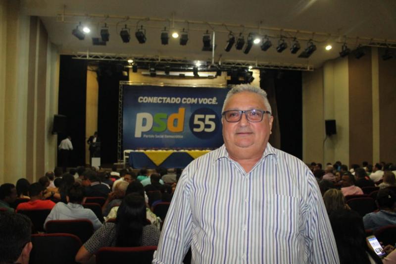 Prefeito de Lagoinha marca presença em evento de filiação de prefeitos