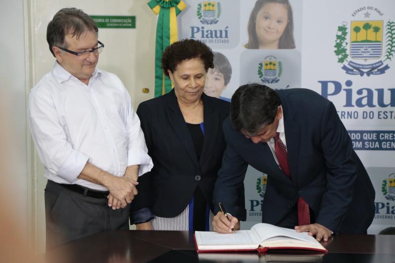 Wellington Dias reassume governo após 11 dias afastado