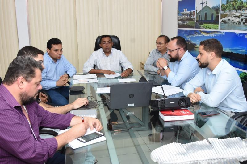 Organização discute logística do Concurso Público da prefeitura de Floriano