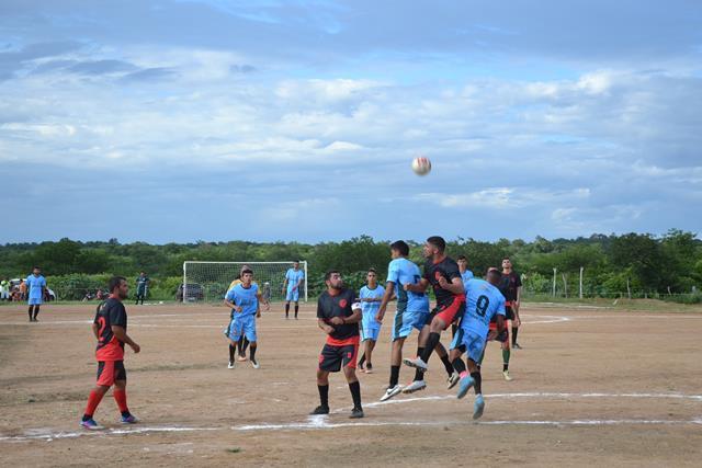 Prefeitura abre o 27º Campeonato de futebol