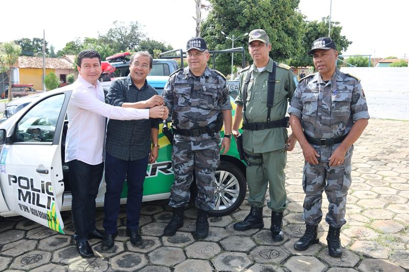 Entrega de duas viaturas novas para o 18º Batalhão da Polícia Militar