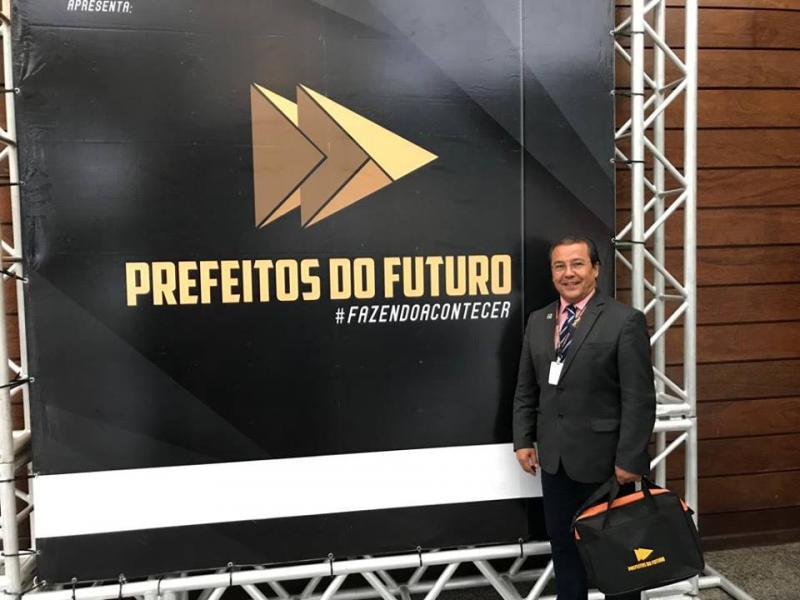 """""""Prefeitos do Futuro"""": Jonas Moura participa de evento para gestões"""