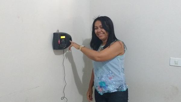 Pontos eletrônicos são instalados em cumprimento ao Termo de Ajuste de Conduta