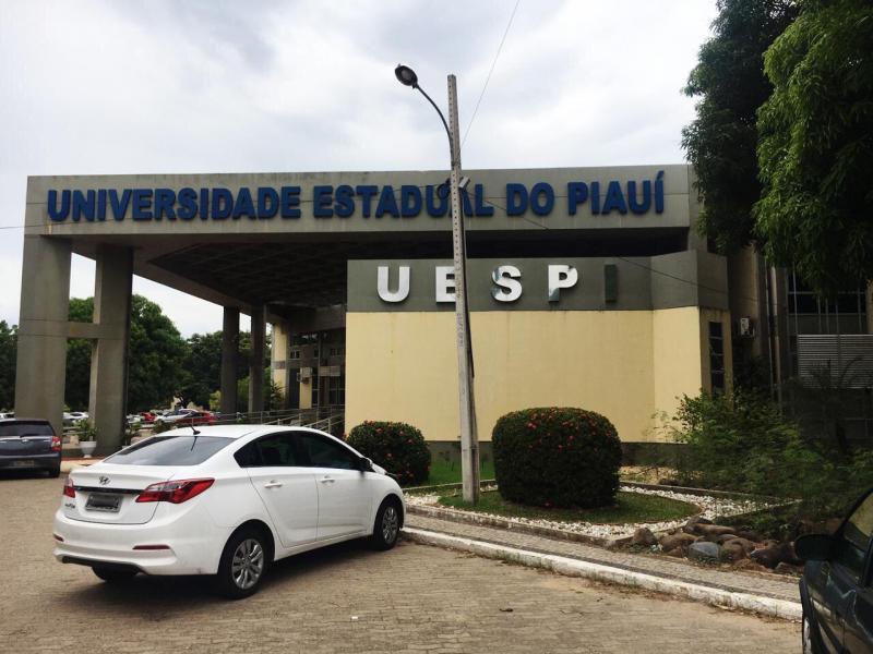 Uespi oferta 1.158 vagas de especialização em vários campi