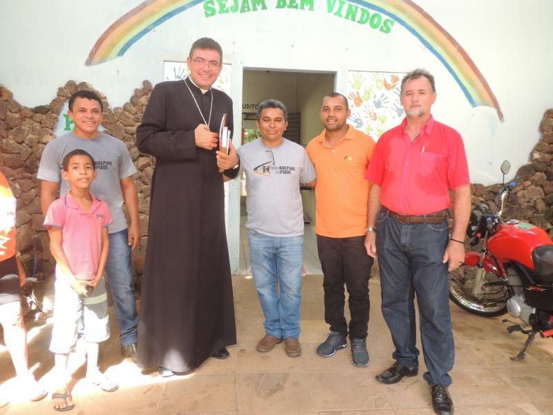 Vereador Negão acompanha Dom Francisco em visita de Kolping em Porto-PI