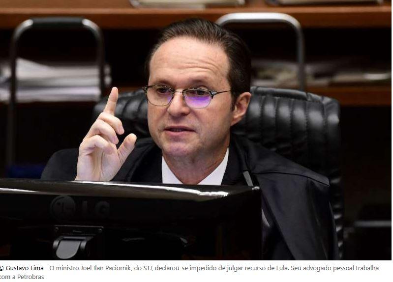 Ministro do STJ declara-se impedido para julgar recurso de Lula