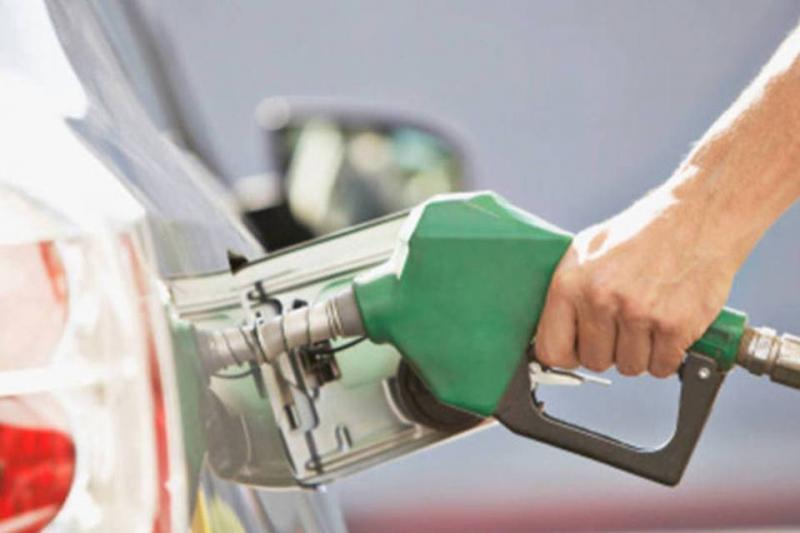 Petrobras anuncia queda no preço da gasolina