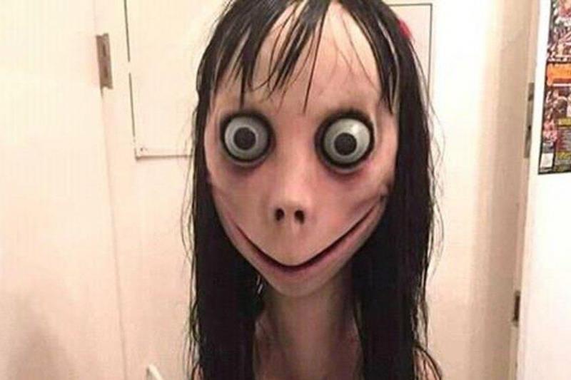 Boneca Momo aparece em vídeos infantis e ensina suicídio