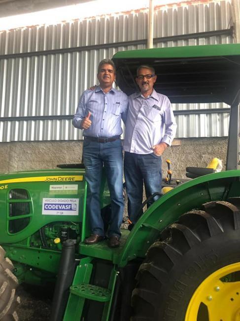 Prefeitura de Corrente adquire tratores e equipamentos agrícolas