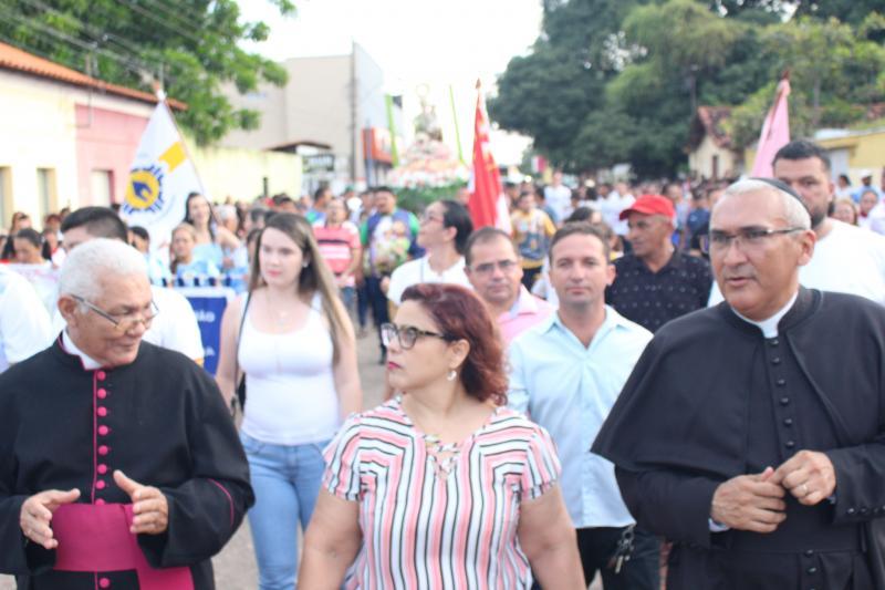 Procissão encerra festejos de São José em Altos