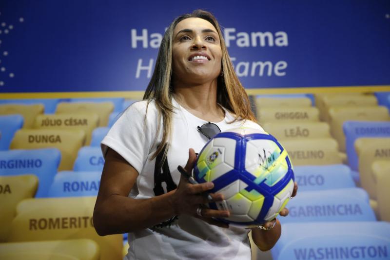 Marta busca igualdade de gênero tendo o futebol como ferramenta