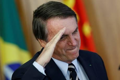Bolsonaro analisa reforma dos militares hoje em Brasília