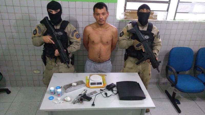 Operação 'Quarta Segura' prende dois homens sob posse de arma