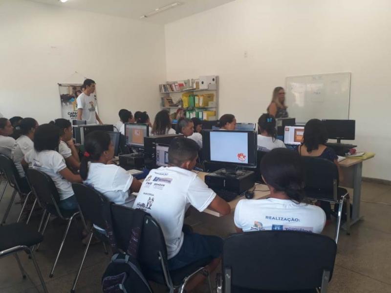 Fundação abre 500 vagas em cursos profissionalizantes