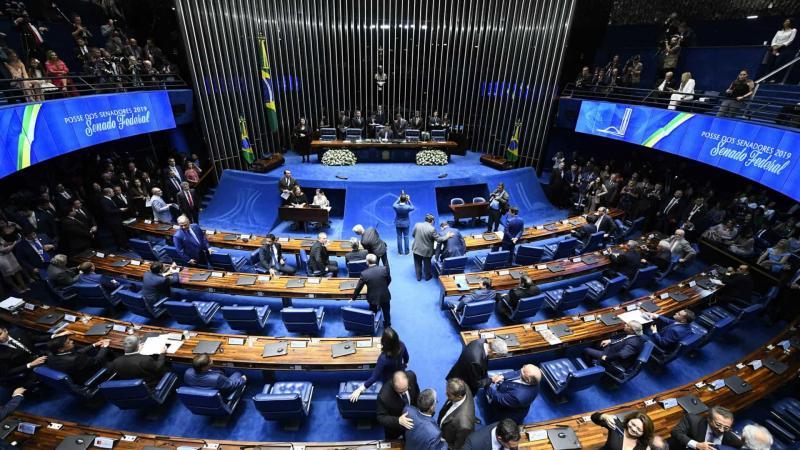 Senadores querem votar projetos contra abuso de autoridade