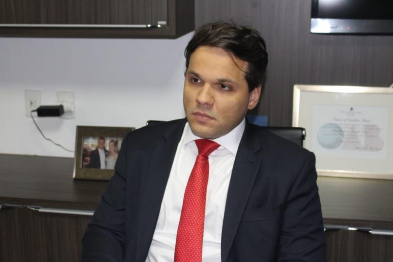Conselheiro Federal Chico Couto debate nova previdência em evento no IFPI