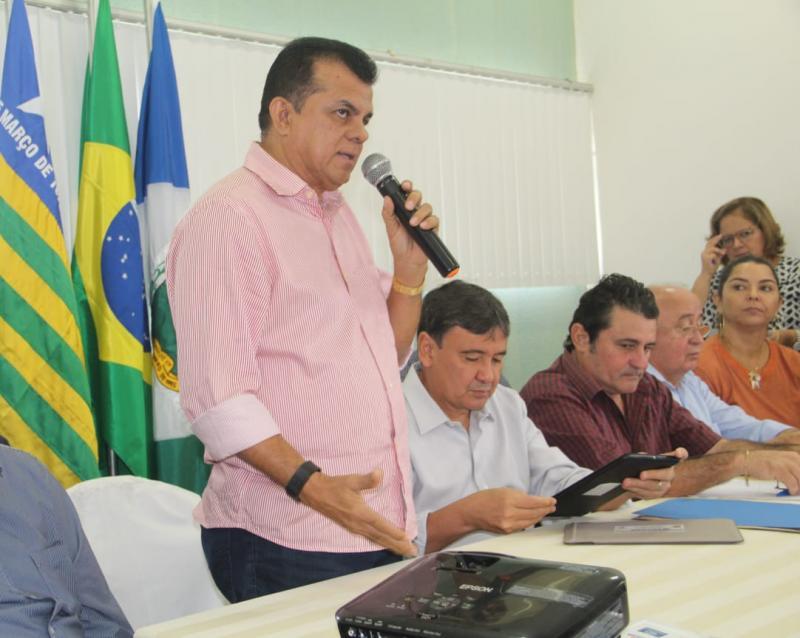 Prefeito Dó Bacelar preside encontro do CitCocais neste sábado