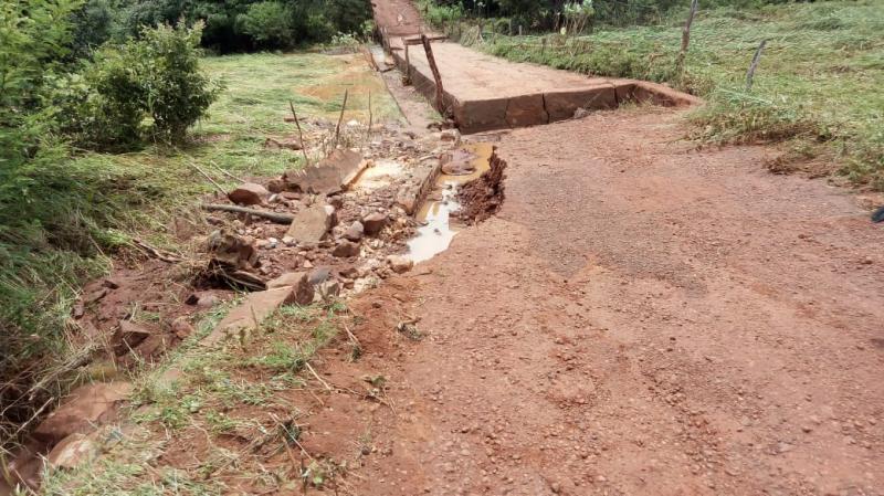 Fortes chuvas provocam estragos em estradas de cidade do interior do Piauí
