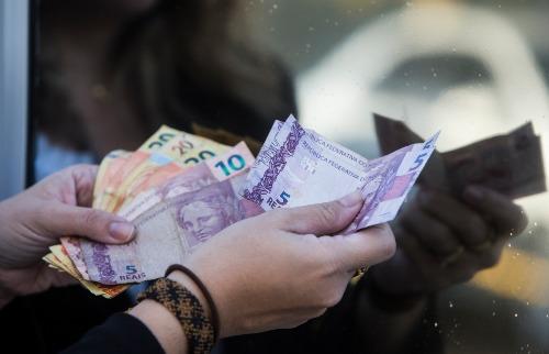 Moradores do Nordeste recebem os piores salários, diz IBGE