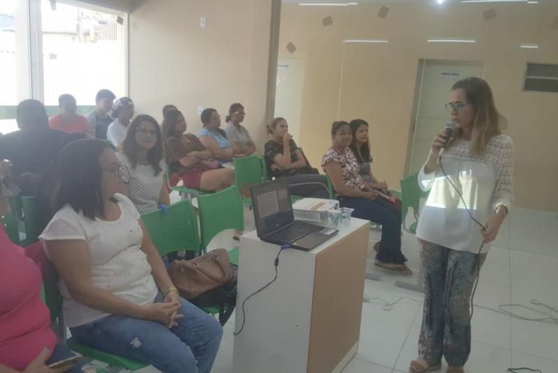 Artesãos participam de chamada pública e palestra informativa