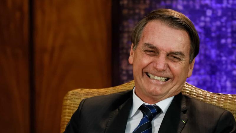 Bolsonaro considera crise com Maia 'página virada'
