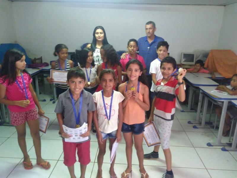 Educação parte I: homenagens e emoção no encerramento do ano letivo em Santa Filomena