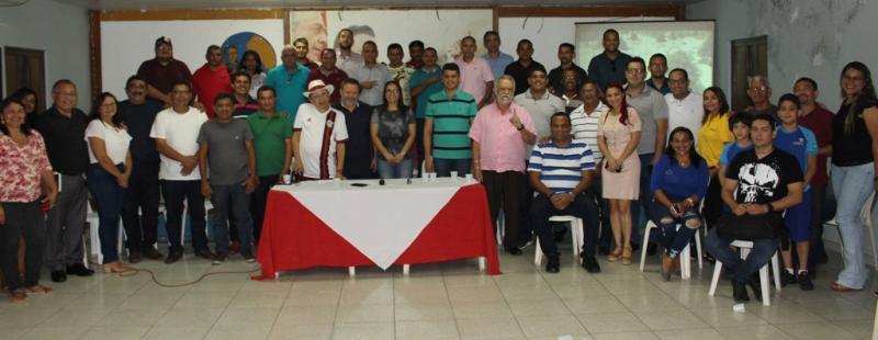 Em reunião do diretório do PDT/Timon, PR recebe boas vindas ao grupo