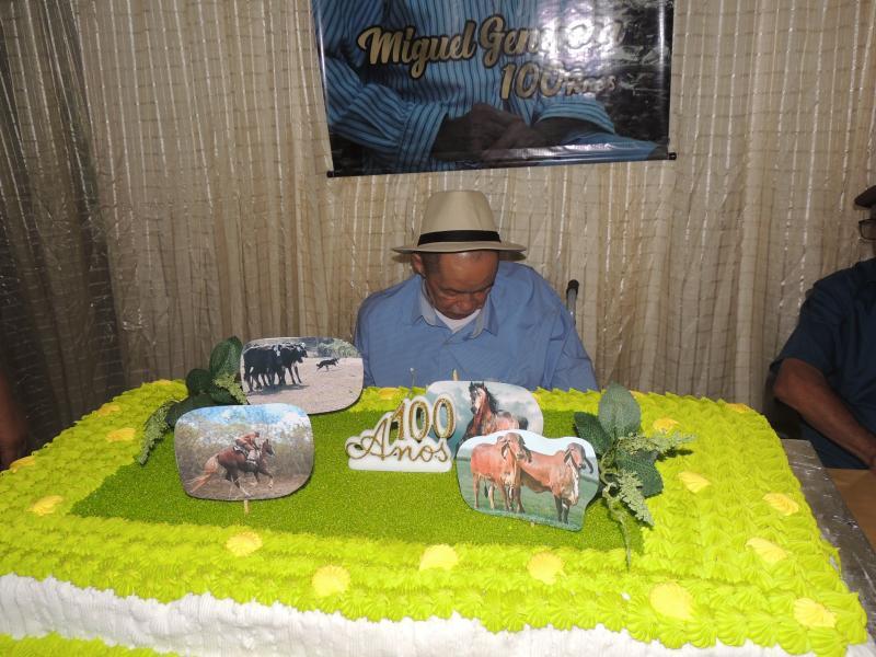 CENTENÁRIO | Aniversário de 100 anos do  Campolargoense  Miguel Generosa