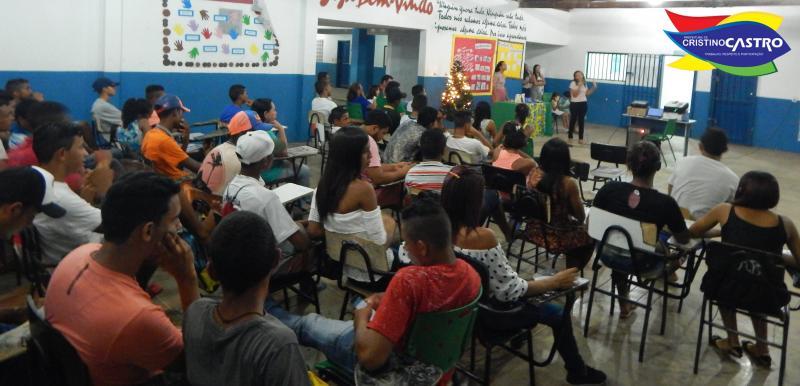 Escola Ministro Hugo Napoleão realizou Mini Projeto com os alunos do EJA em Cristino Castro-PI