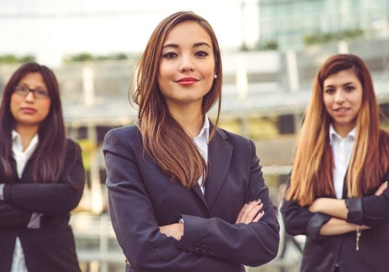 Portugal cria lei que pune diferenças salariais entre homens e mulheres