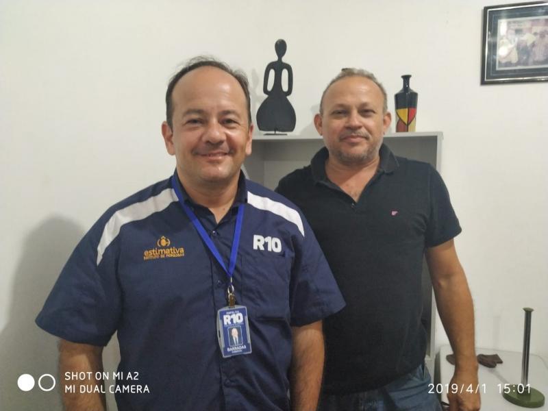 Portal R10 visita prefeito de Olho D'Água do Piauí