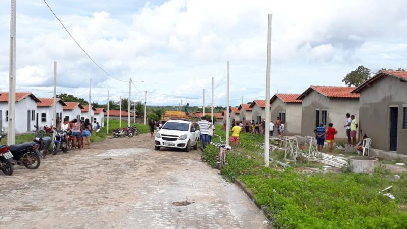 Populares  aproveitam situação crítica e invadem casas em Campo Maior
