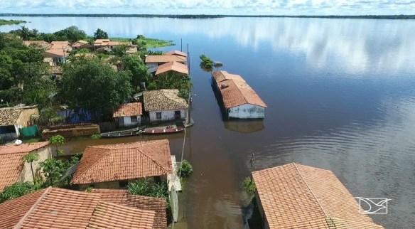 Rio Turiaçu transborda e desabriga famílias em Santa Helena
